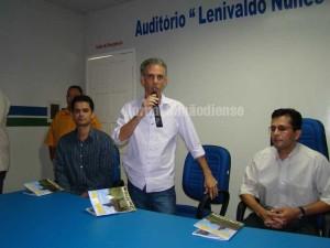 Guia-do-comercio-de-Simao-Dias-2010-2011-(61)