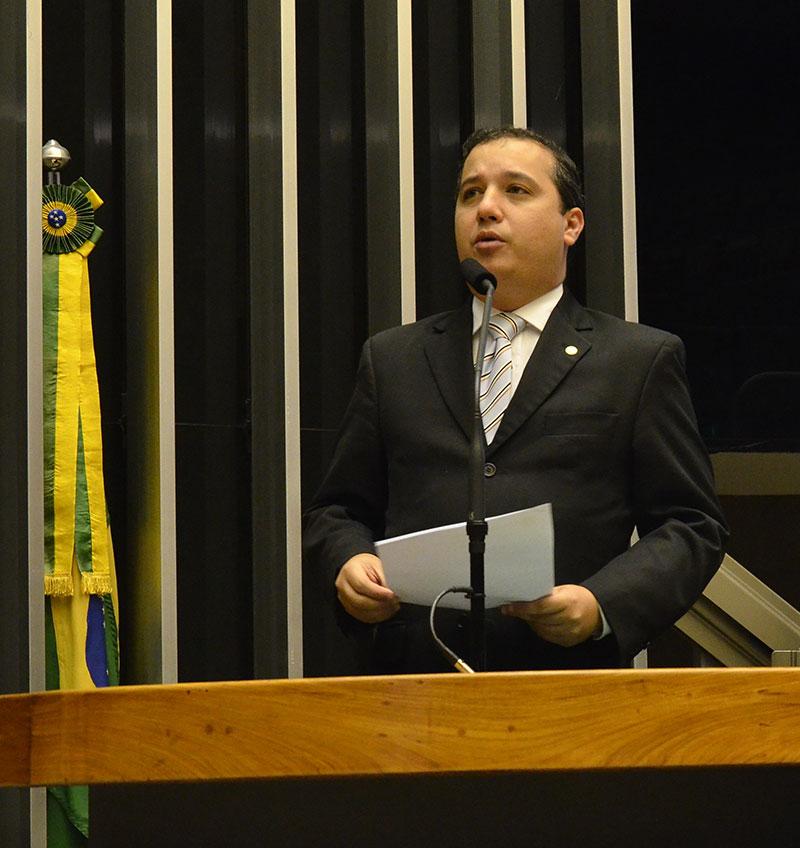 valadares-filho-28-11-14