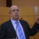 Professor do IFS Carlos Eduardo Gama